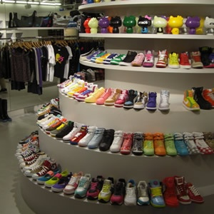 1244480825_top-10-cool-sneaker-stores_10